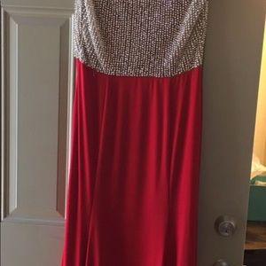 Dresses - BEAUTIFUL RHINESTONE LONG DRESS